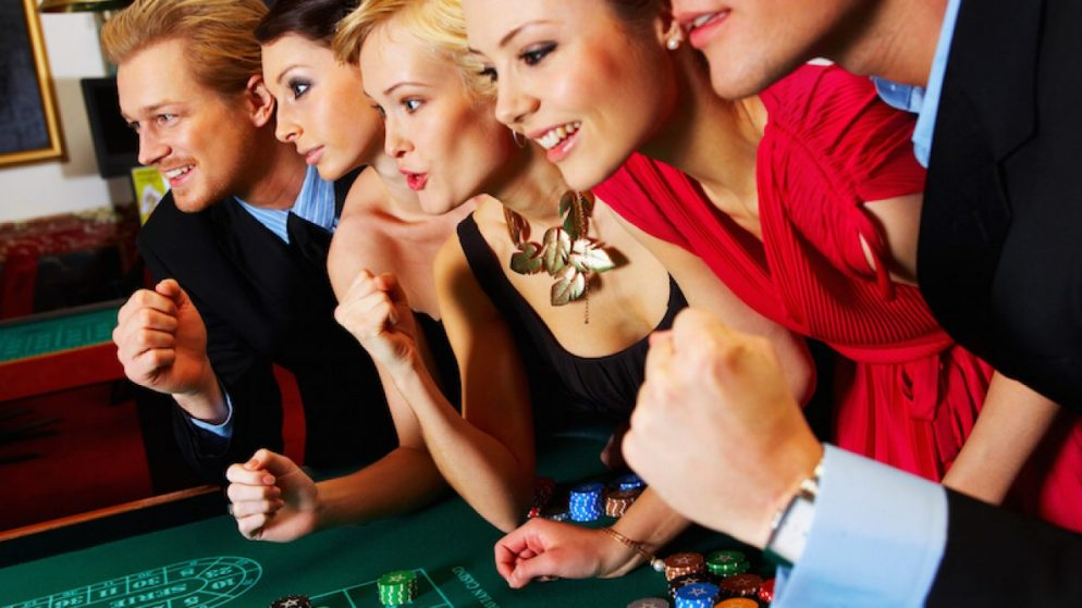 Does casino music make players take higher risks